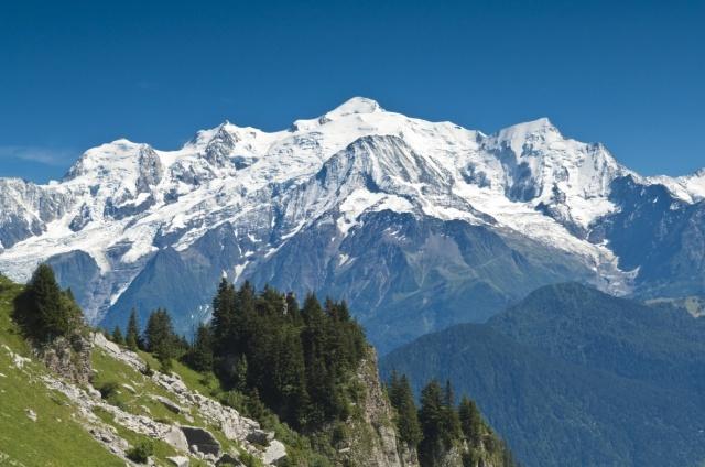 randonnée refuge du Varan - vue sur le Massif du Mont-Blanc